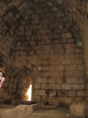 Крепость Нимрод. Атриум внутри