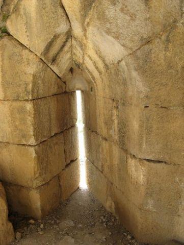 Крепость Нимрод. Строения в Красивой башне...